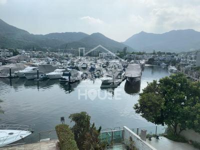 [西貢] <**專貴船位 高質地段 多車位 開揚海景 大花園**>